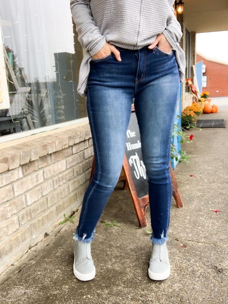 Kancan Dark Distressed Ankle Jeans