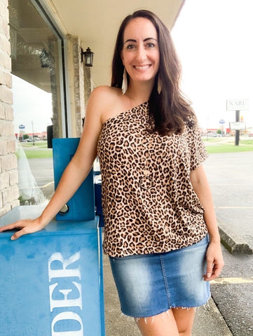 One Shoulder Leopard Top