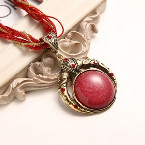 Elegant Stone Vintage Necklace - Red