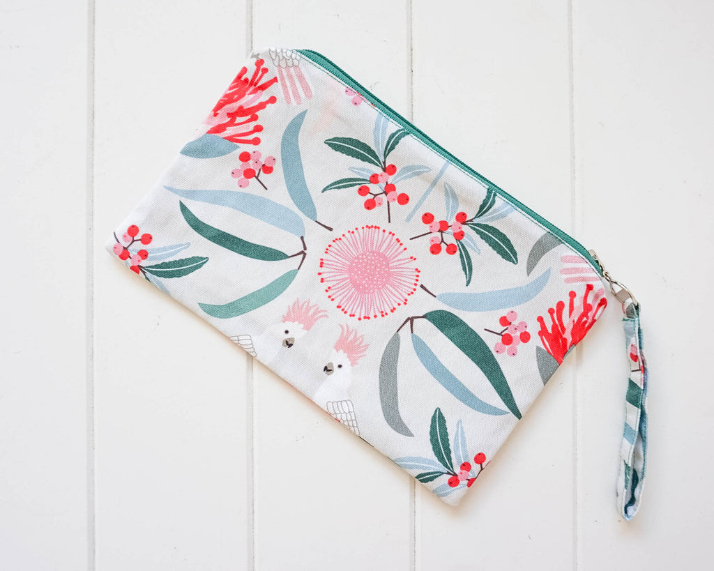Essential Oil Zippered Pouch - Cockatoo Cream