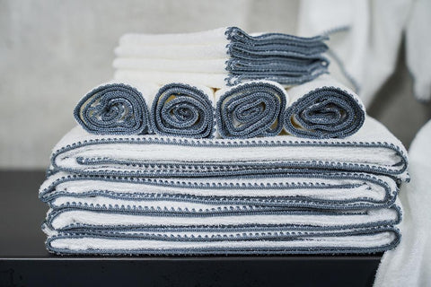 Madison Collection Bordado Towel Sets 12 rolled and folded
