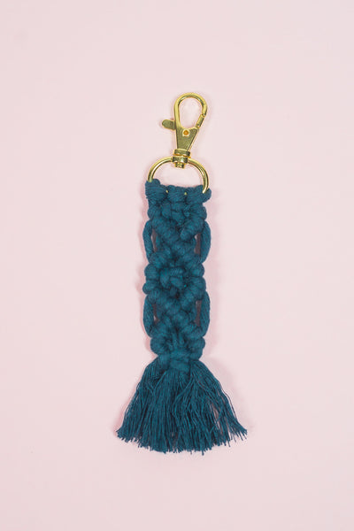 Peacock Blue Diamond Macramé Keychain