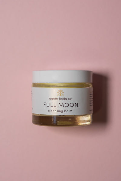 Lagom Full Moon Cleasing Balm on color