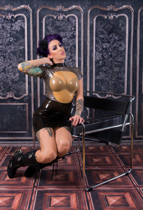 Latex Mistress peek a boo