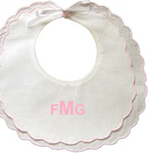 MONOGRAM WHITE/PINK SCALLOP BIB