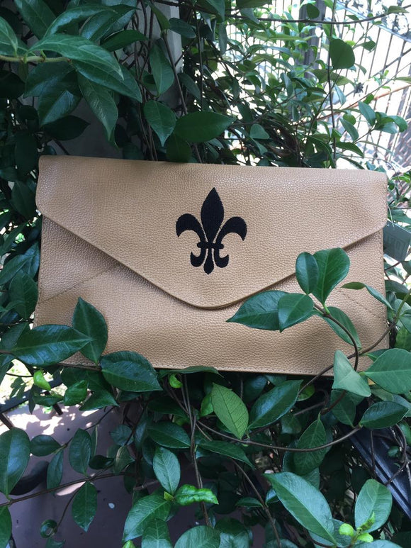 SAINTS BLACK & GOLD CLUTCH WITH EMBROIDERED FLEUR DE LIS