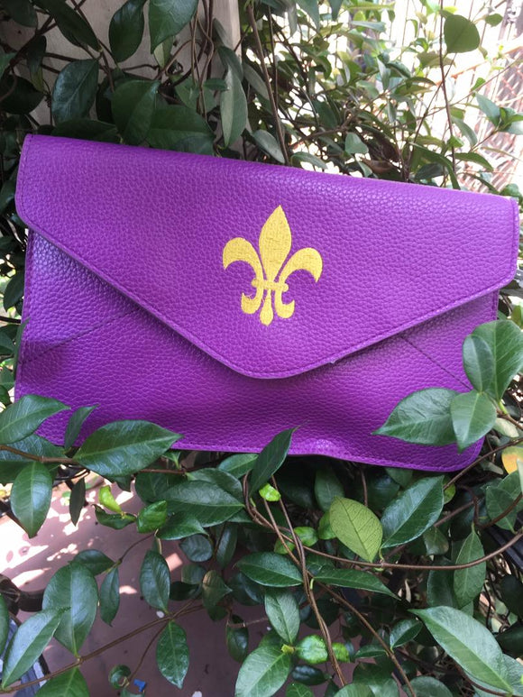 LSU PURPLE & GOLD CLUTCH WITH EMBROIDERED FLEUR DE LIS