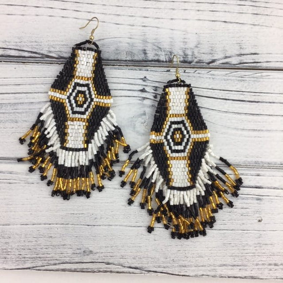 EARRINGS BLACK GOLD WHITE BEADED