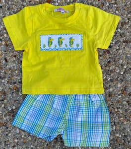 BOYS SEAHORSE SMOCK T SHIRT & PLAID SHORT SET