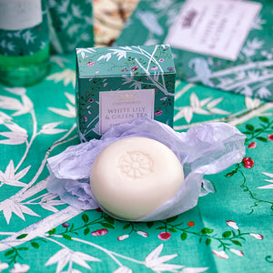 White lily and green tea hand soap