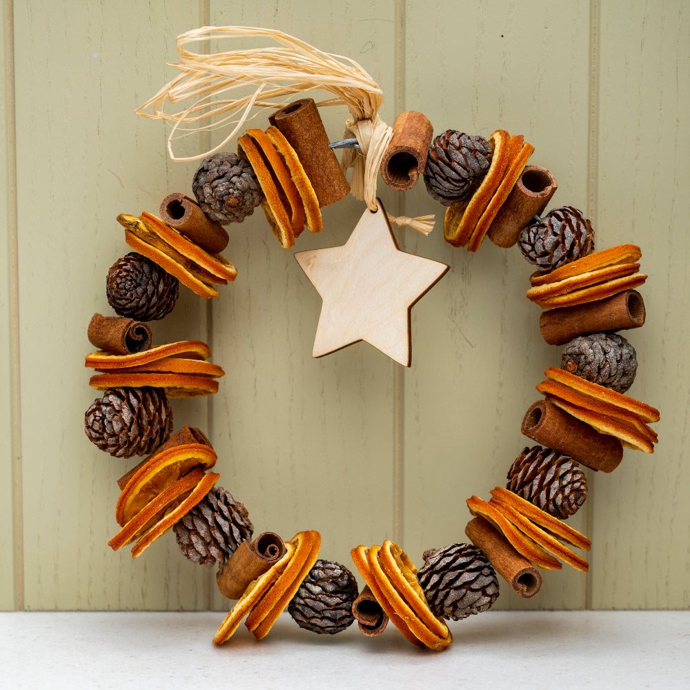 Festive spice pot pourri wreath