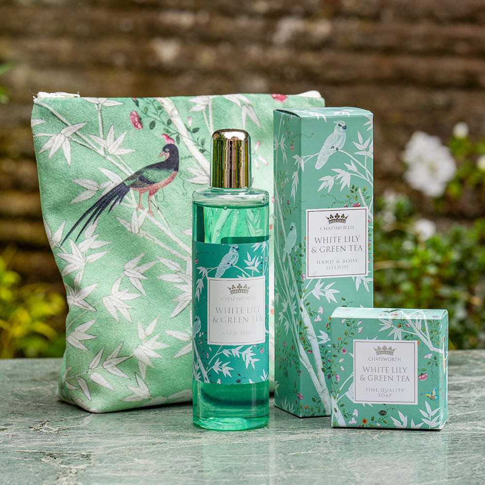 White lily and green tea fragrance bath and body gift set