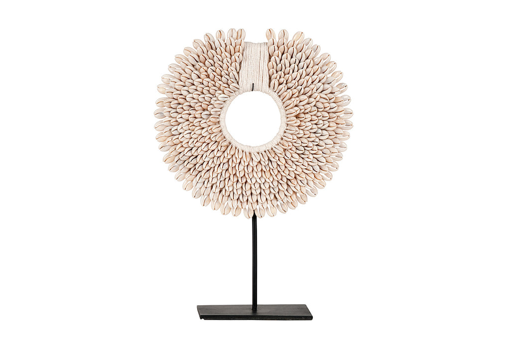 Round Neutral Shell Neckpiece