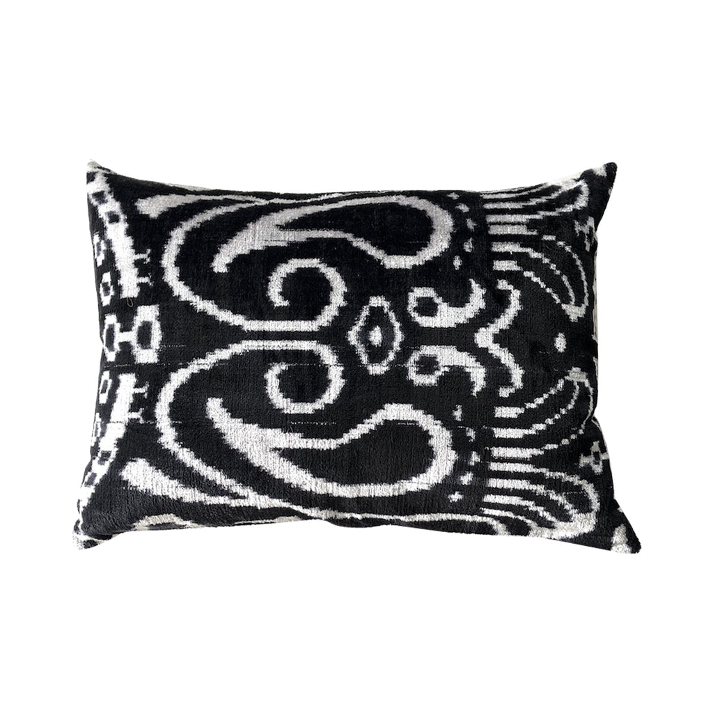 Nobu Cushion -Black/White