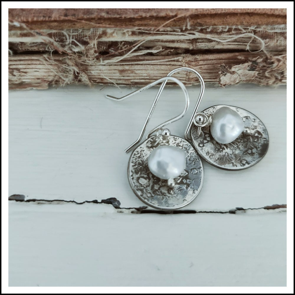 Blossom Disk & Pearl Earrings