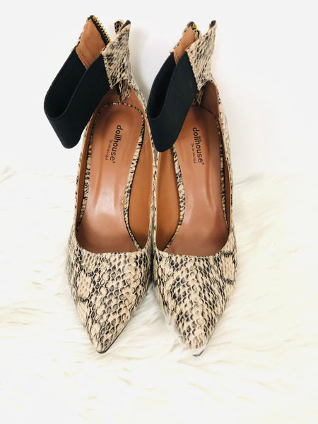 Dollhouse Snake Print Pumps 8.5
