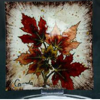 CANADA SOUVENIR SERVING TRAY MAPLE LEAF GLASS 9.5X9.5IN