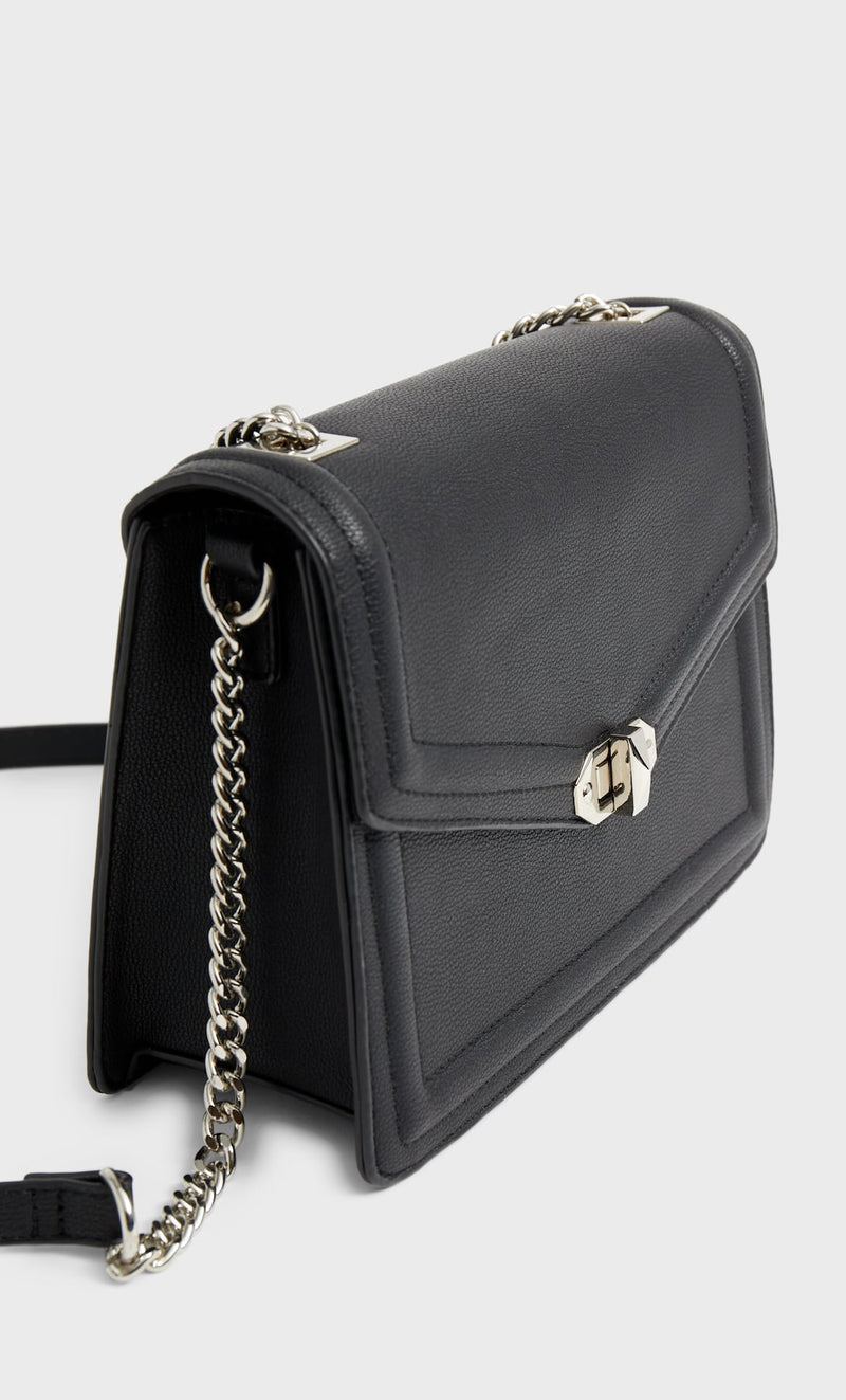 STRADIVARIUS BLACK CROSSBODY BAG WITH CLASP AND CHAIN STRAP