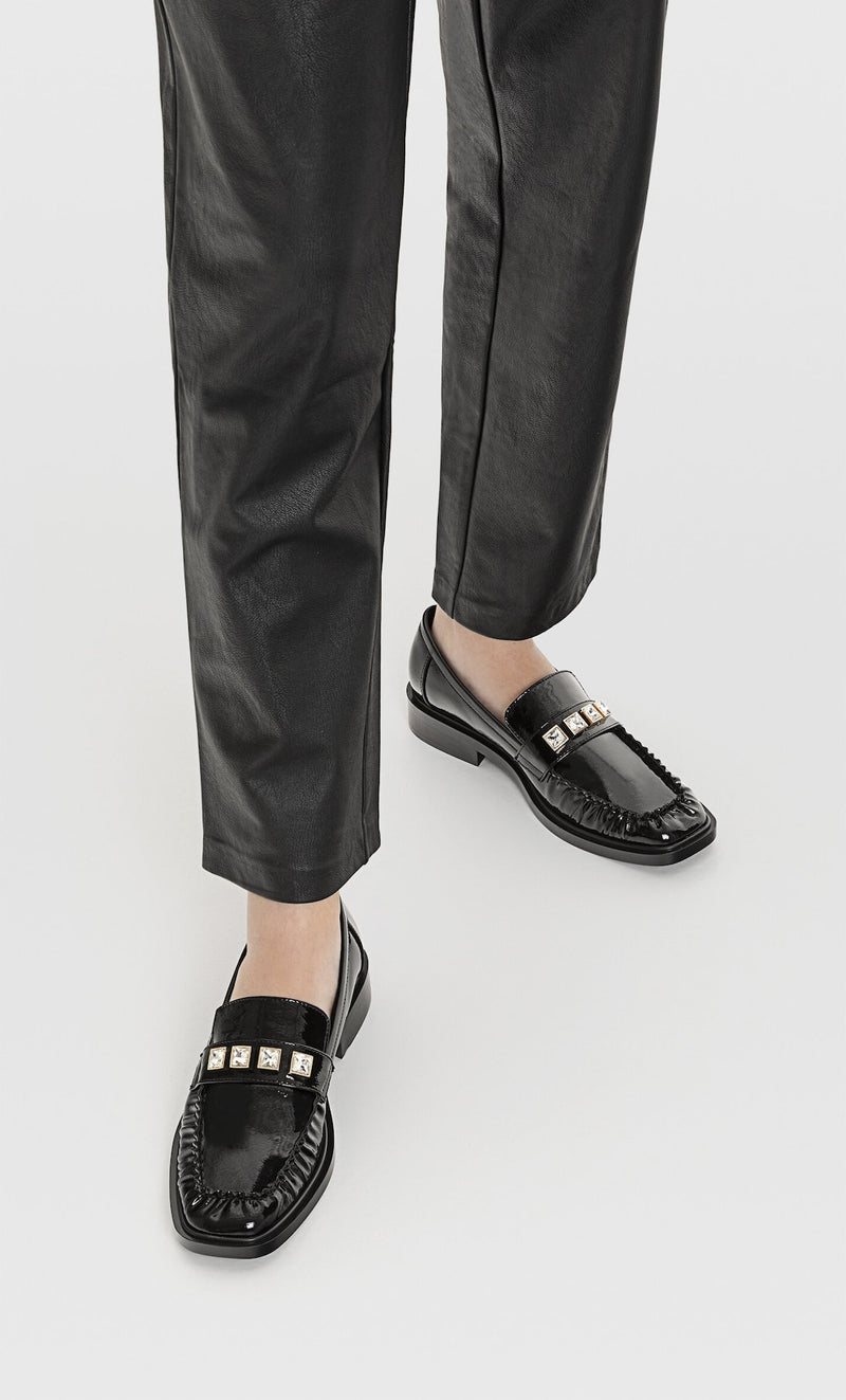 STRADIVARIUS BLACK LOAFERS WITH DIAMENTE DETAILS