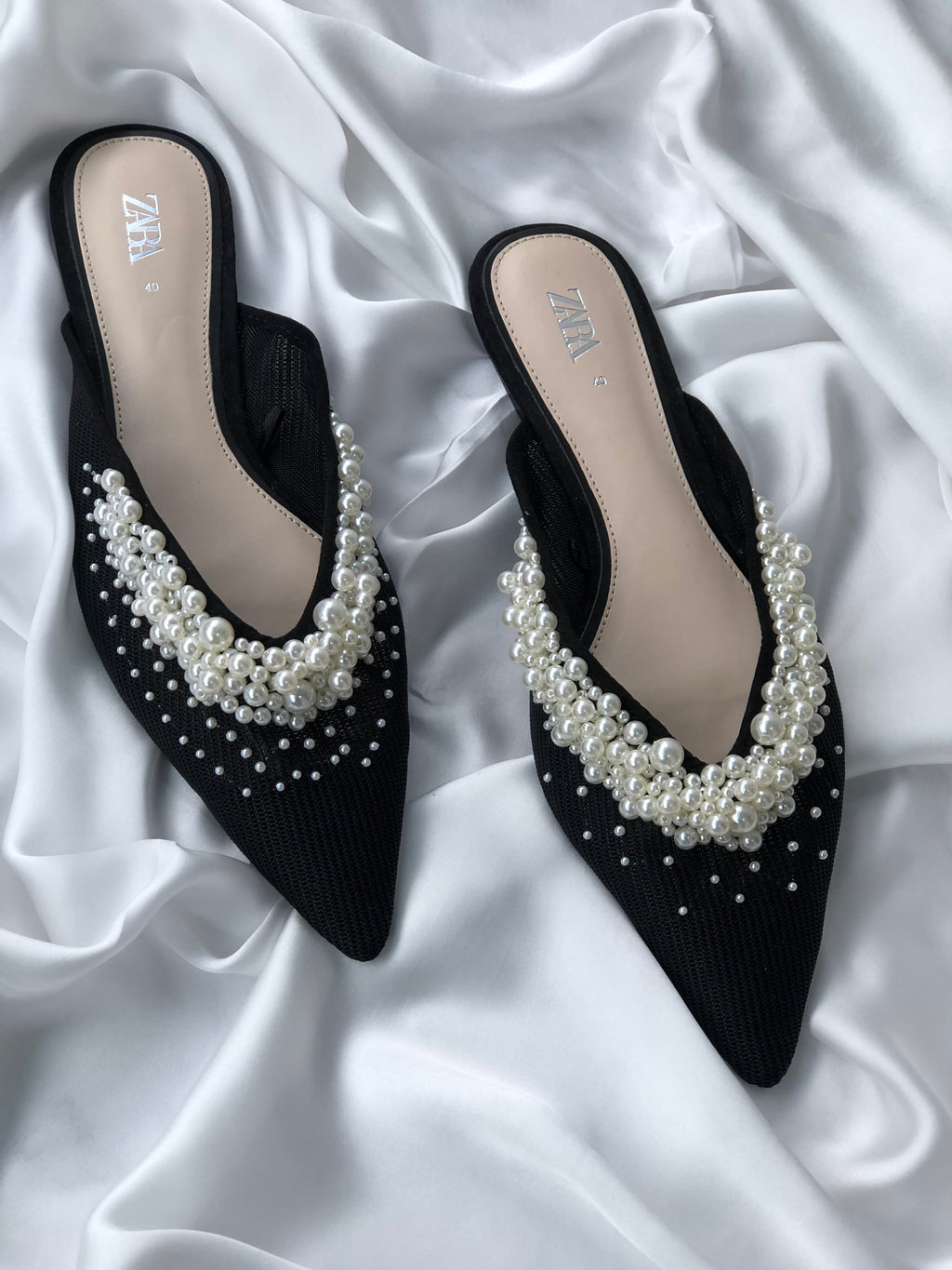 ZARA PEARL DETAIL POINTED TOE FLAT MULE