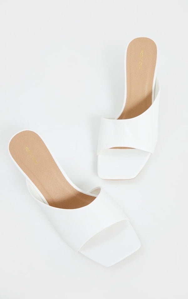PRETTY LITTLE THING WHITE ASYMMETRIC LOW HEEL MULES