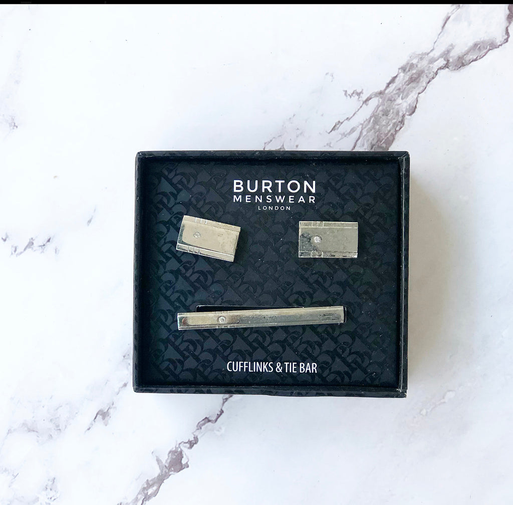 BURTON MENSWEAR LONDON CUFFLINKS AND TIE BAR
