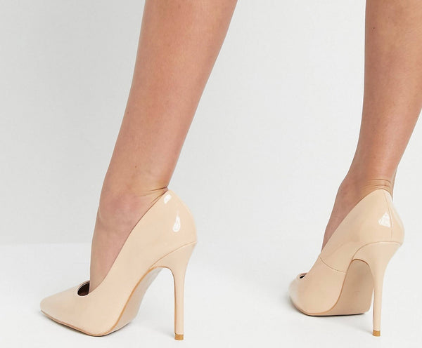 GLAMOROUS COURT SHOES IN BEIGE PATENT