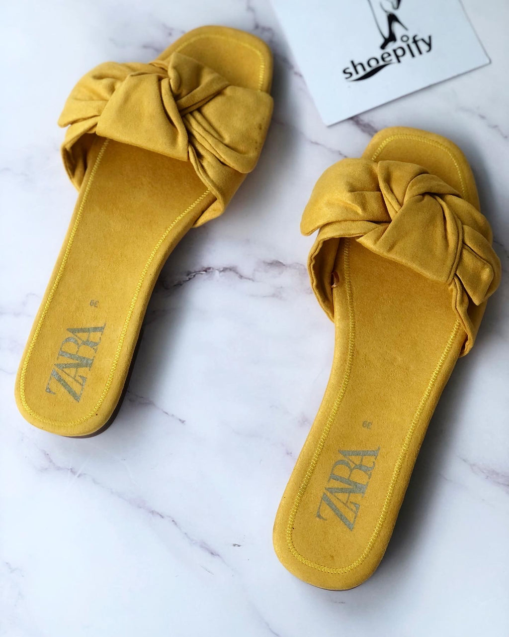 ZARA BOW DETAIL YELLOW FLAT SLIDER