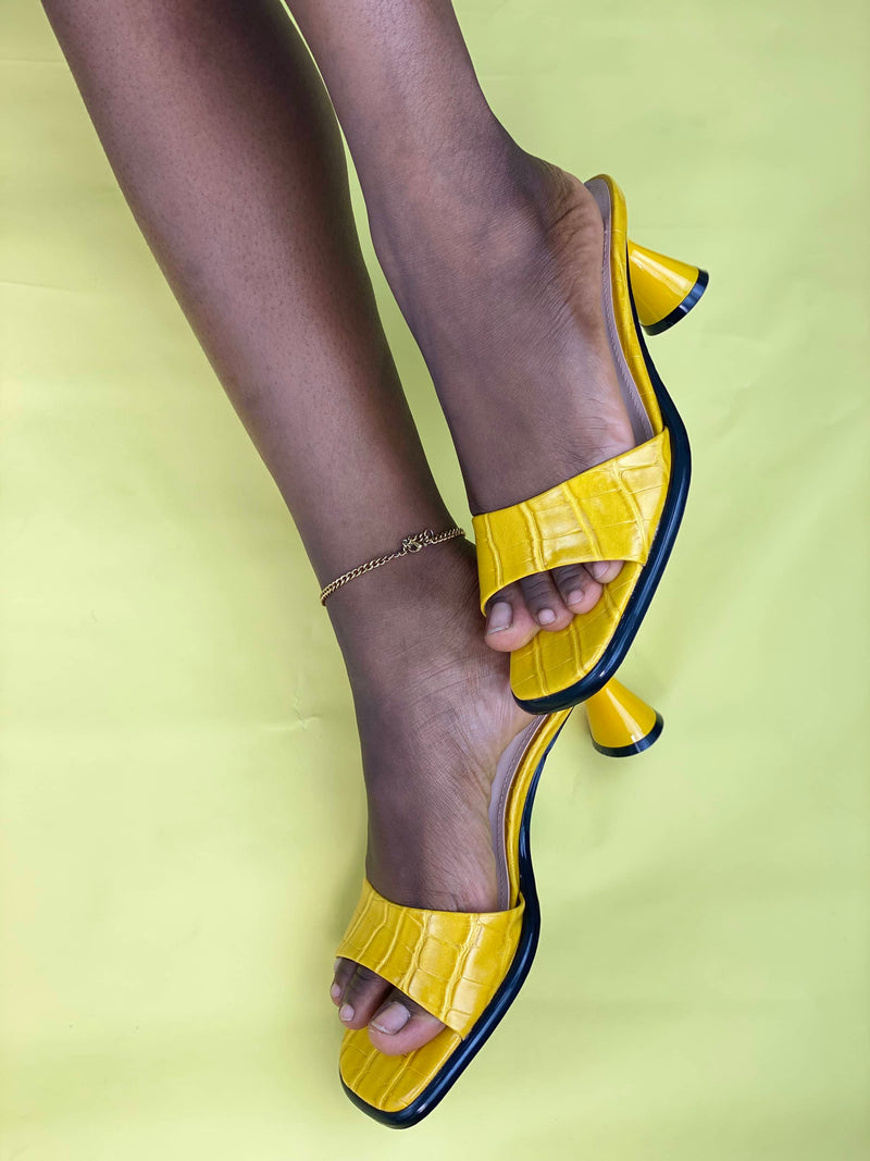 ZARA YELLOW FAUX EMBOSSED LEATHER CYLINDER HEEL MULE