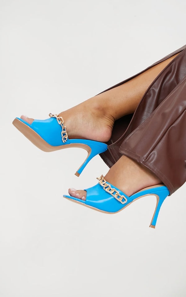 PRETTY LITTLE THING BLUE PU CHAIN DETAIL MID HEELED MULES
