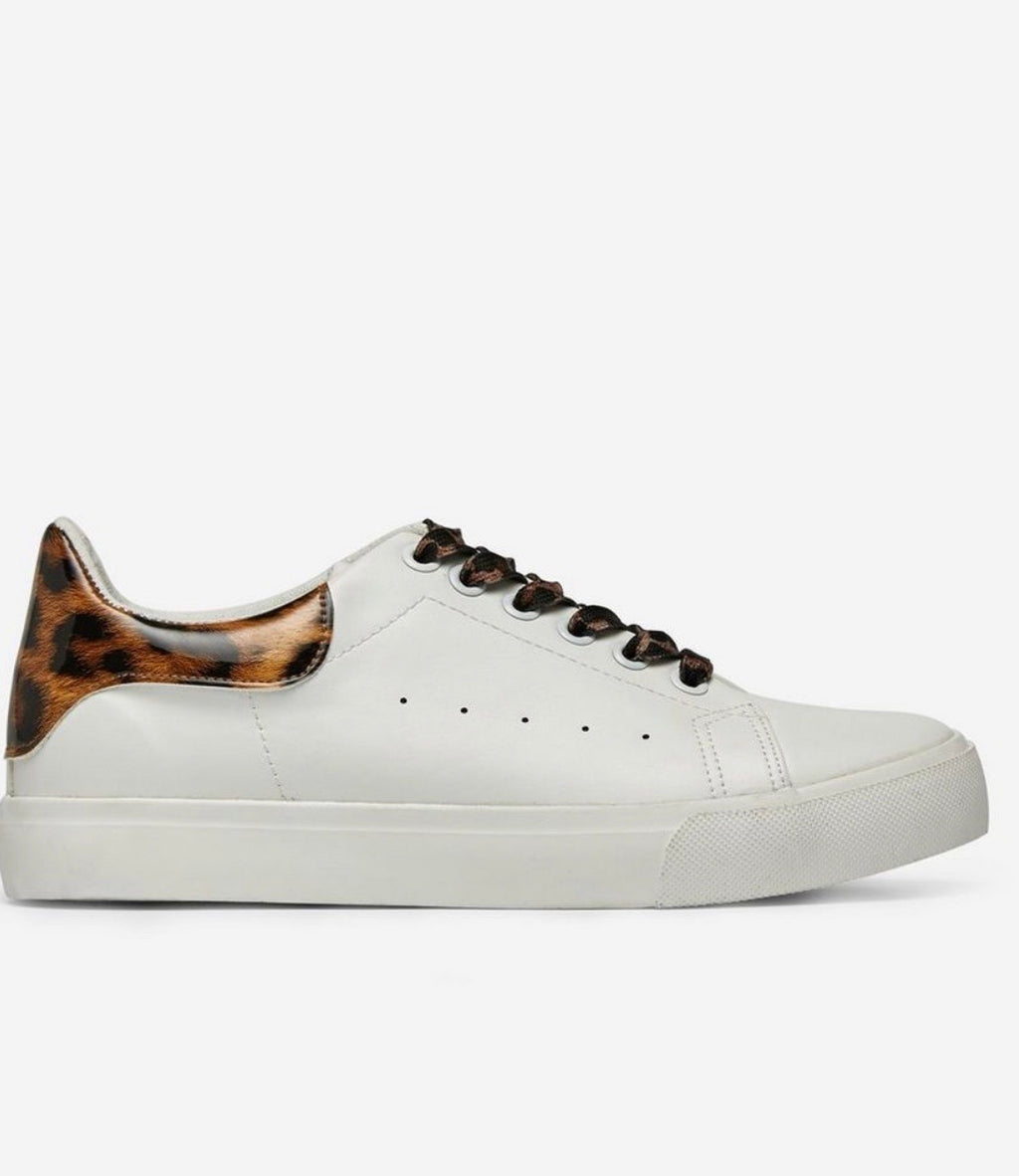 DOROTHY PERKINS ANIMAL TRIM TRAINERS