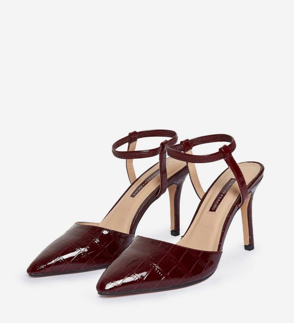 DOROTHY PERKINS DEENIE COURT SHOES