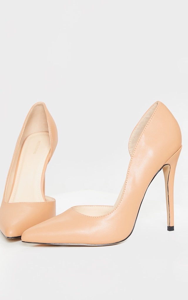 PRETTY LITTLE THING TAN POINT TOE CUT OUT SIDE STILETTO COURT