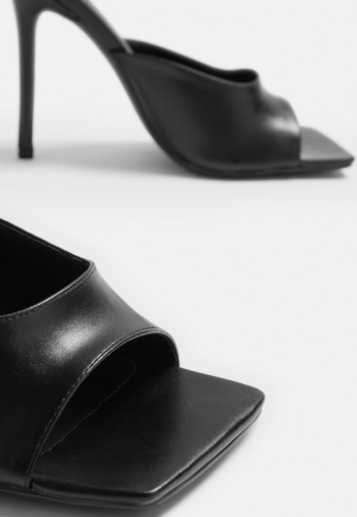 LISSY RODY x MISSGUIDED BLACK SQUARE TOE HEEL MULE