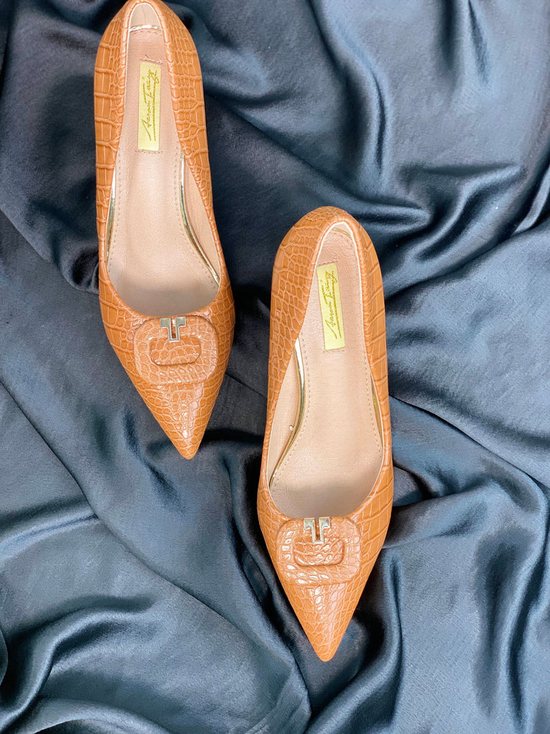 AARON FAIRY TAN FAUX CROC SKIN BLOCK HEEL PUMP