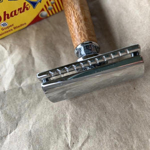 Brass Safety Razor With Wooden Handle & Blades