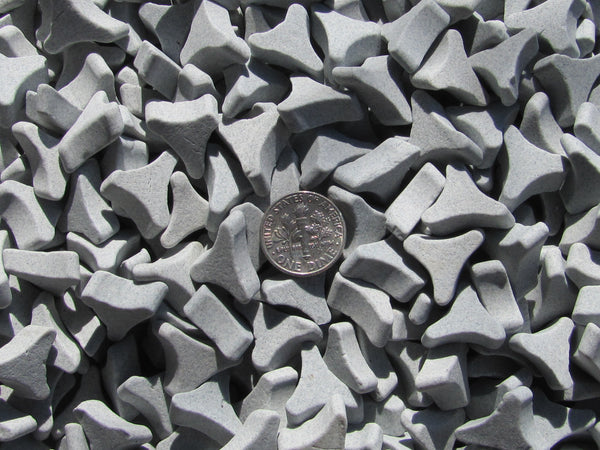 "1 Lb. 5/8"" X 1/4"" Angle Cut TriStar Abrasive Triangle Ceramic Tumbling Media - Algrium"