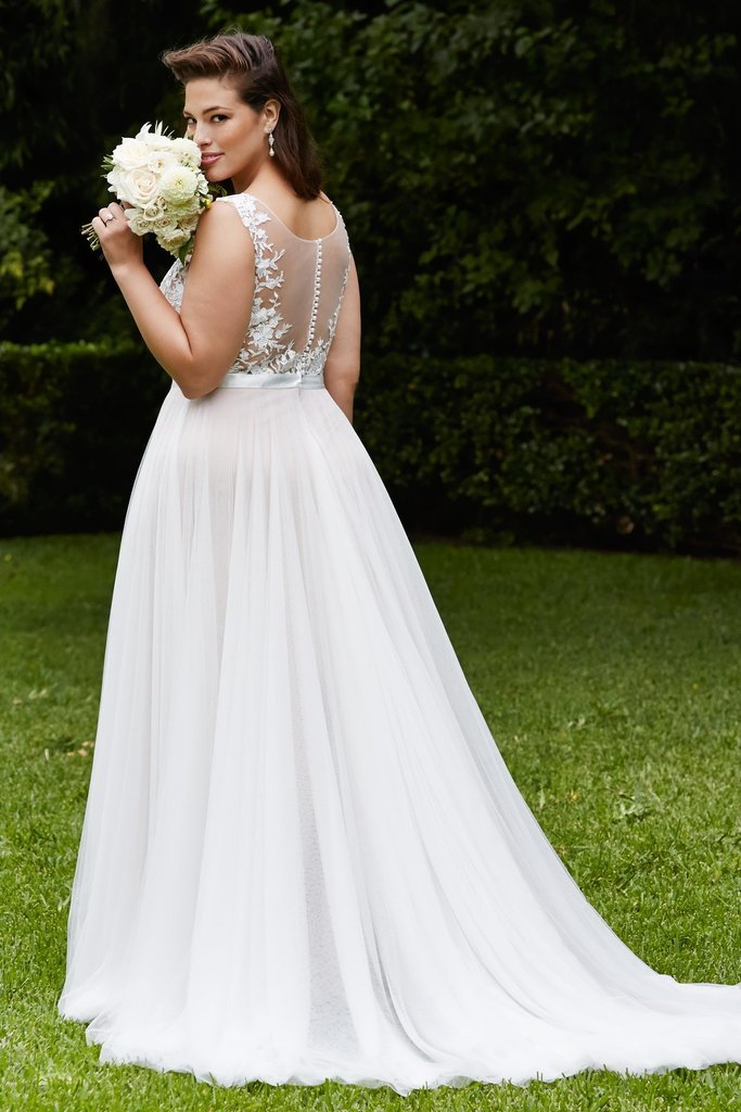 Fashion Summer Plus Size Wedding Dress - daisystyledress