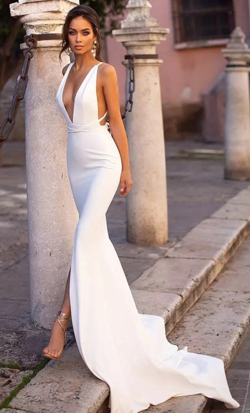 Fitted open back wedding dress