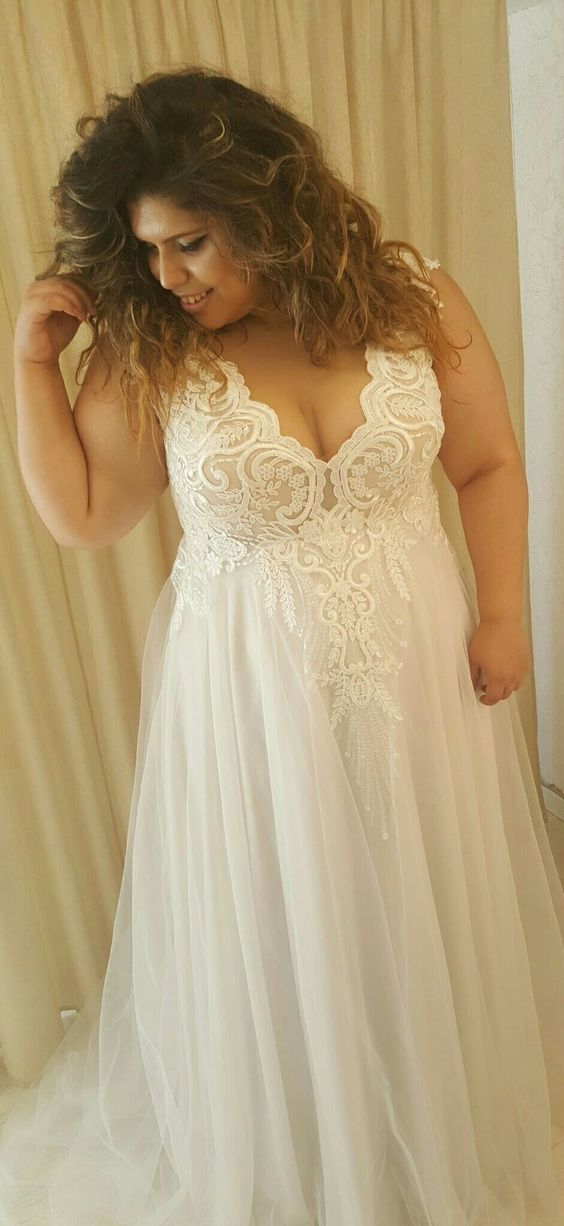 Simple V-neck Plus Size Wedding Dress