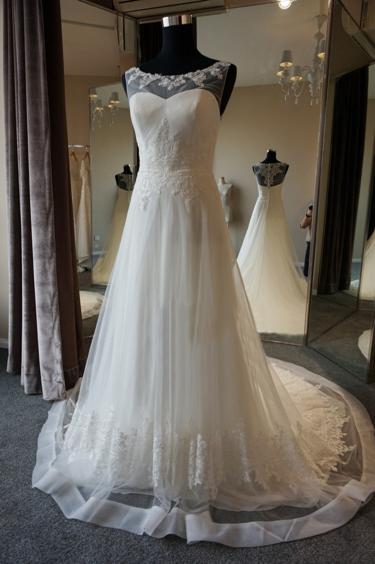 A-line Lace Wedding Dress - daisystyledress
