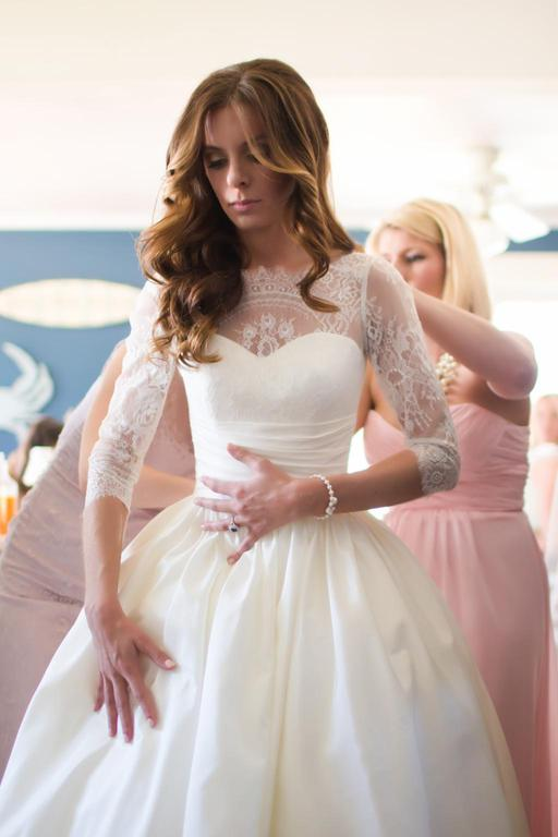 High Quality French Lace Half Sleeve Wedding Dress - daisystyledress
