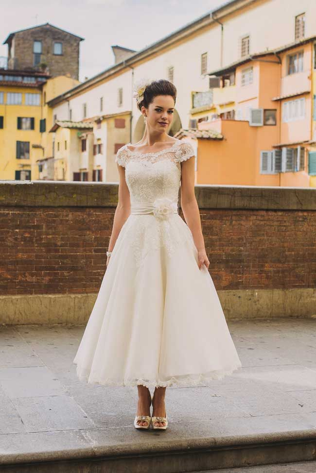 Informal Vintage Ankle Length Wedding Dress - daisystyledress