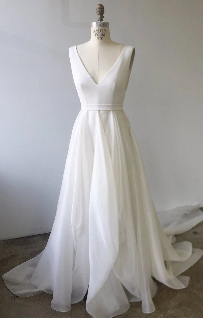 Simple V-neck Wedding Dress