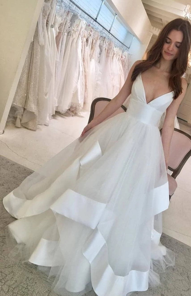 Sexy Spaghetti Straps Deep V-neck Wedding Dress - daisystyledress
