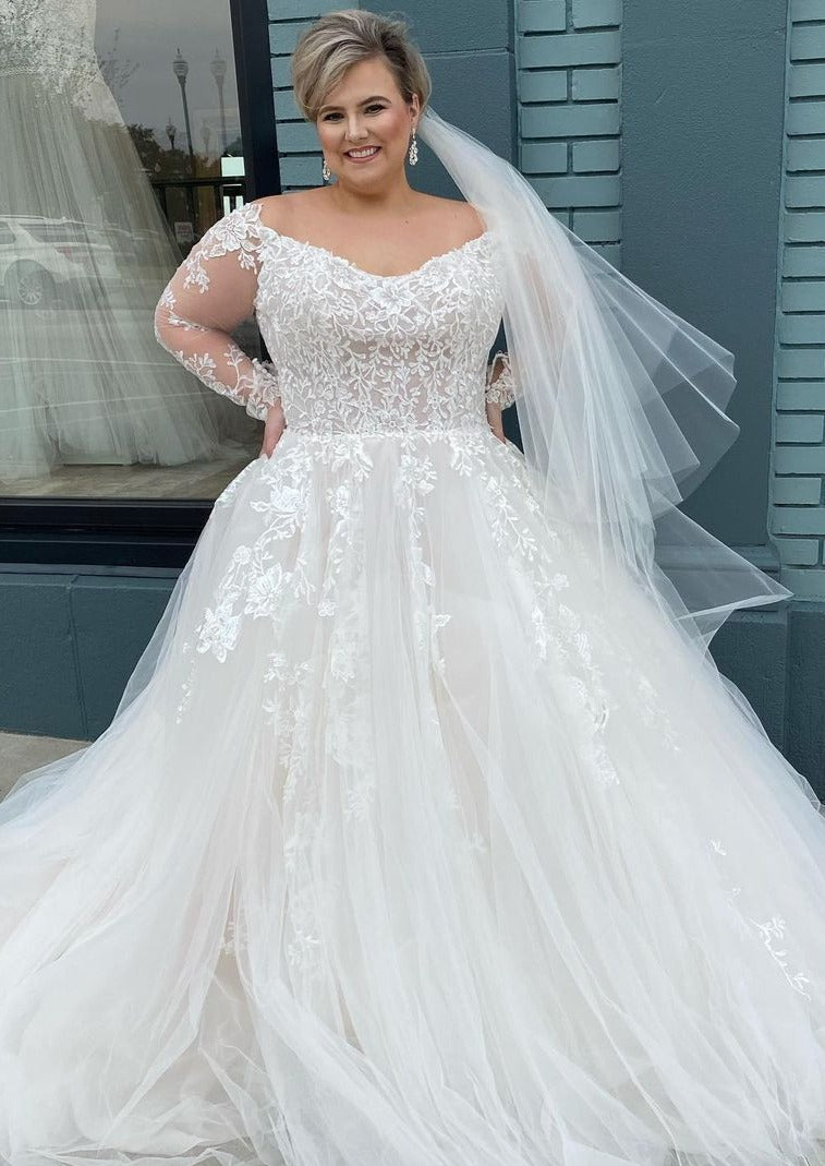 long sleeve lace plus size wedding dress