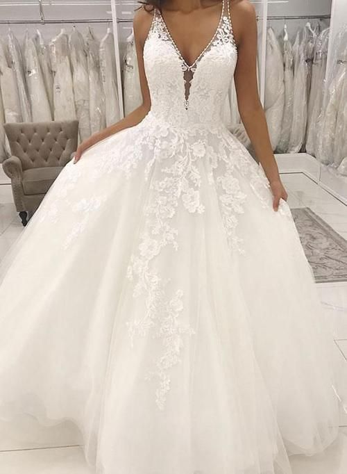 Modest V-neckline Tulle and Lace Wedding Dress - daisystyledress