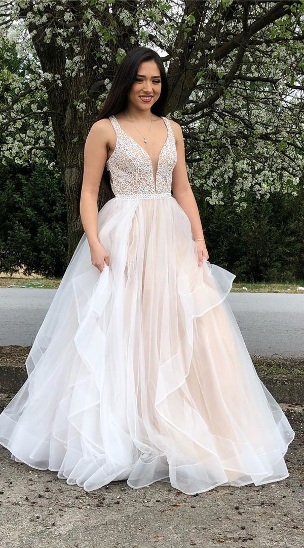 Elegant Light Champagne Ball Gown Prom Dress - daisystyledress