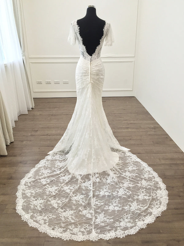 Mermaid Short Sleeves V-back Lace Wedding Dress - daisystyledress