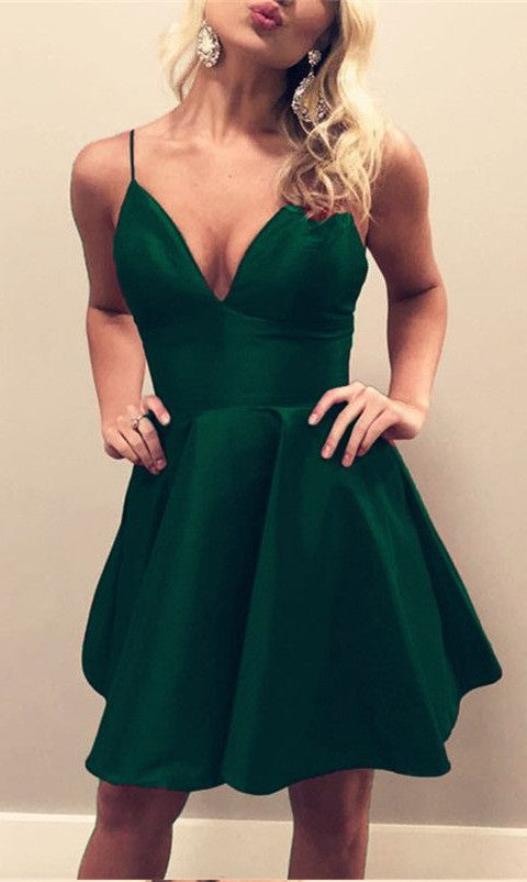 Knee Length Spaghetti Straps Green Homecoming Dress - daisystyledress